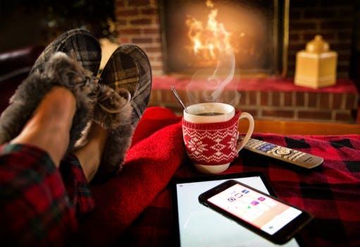 Mörkret och kylan är här. Oroa dig inte – vi har tips för att klara tröttheten.